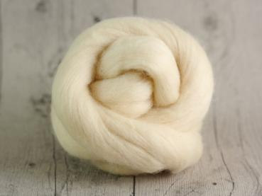 CHUNKY wool cream beige 100 % virgin wool from the merino sheep