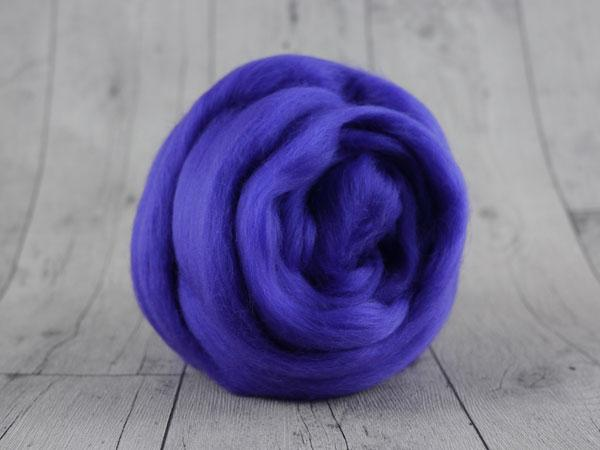 CHUNKY wool violet 100 % virgin wool from the merino sheep