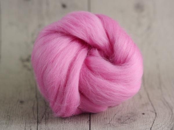 CHUNKY wool romance pink 100 % virgin wool from the merino sheep