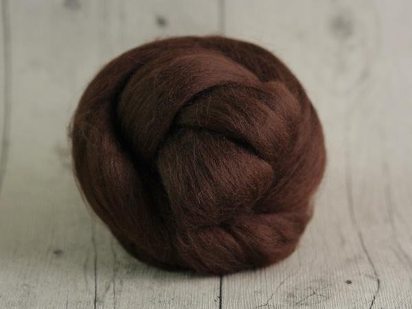 CHUNKY wool chocolate brown 100 % virgin wool from the merino sheep